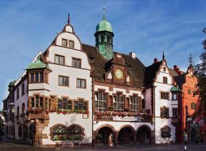 800px-Neues_Rathaus_(Freiburg)_4029
